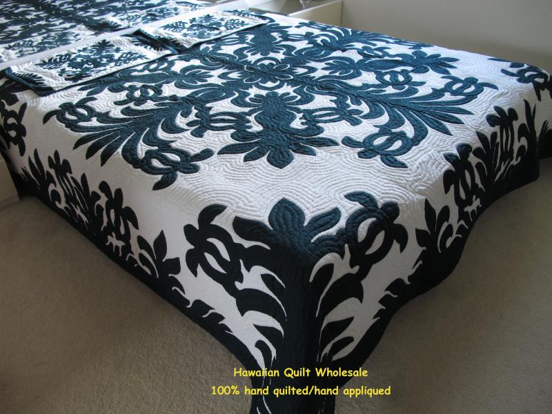 Sea Turtles-DG<br> 2 pillow shams included<br><font color=red>Super Fine Materials</font>