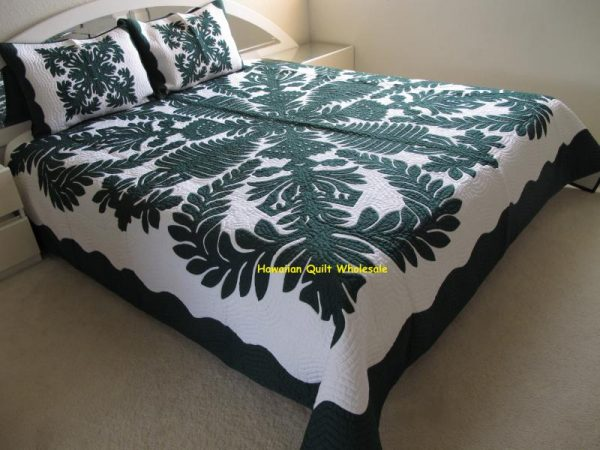 Crown and Kahili Bedspread BGO