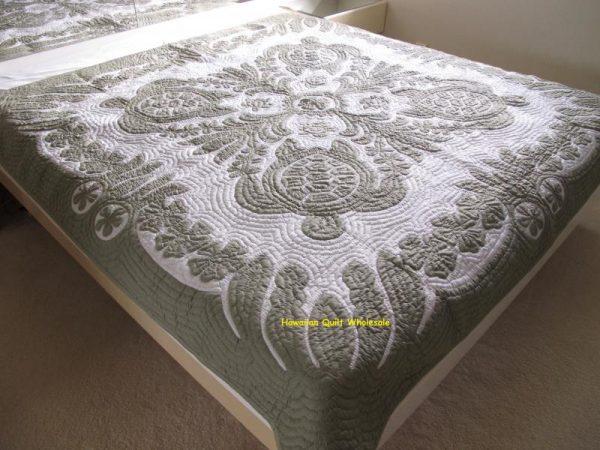 Sea Turtles Ilima Plumeria Bedspread CG