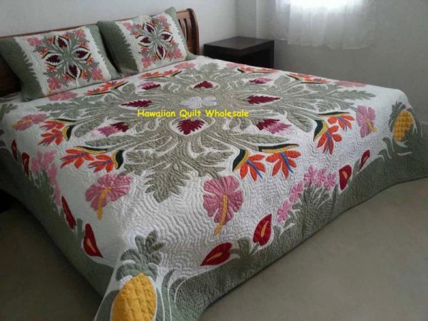 Pineapple Tropical Flowers Bedspread CGM