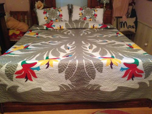 "Blake's Quilt- Birds of Paradise 120"" x 120"""